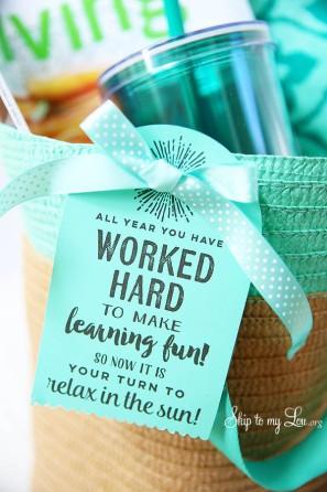 summer-beach-tote-teacher-gift